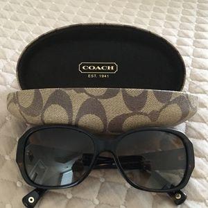 Coach Sunglasses HC 8011BM (Stacia)